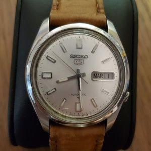 Vintage Seiko 5 Automatic Watch